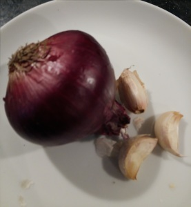 Red onion and garlic cloves