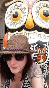 The Big Hoot owl selfie
