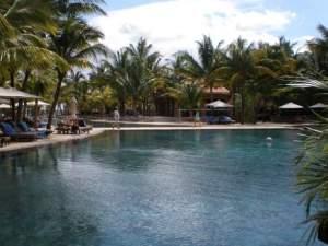 Le Mauricia pool
