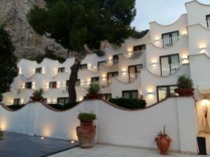 Conca Azzurra hotel