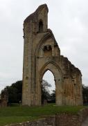 glastonbury-abbey-10