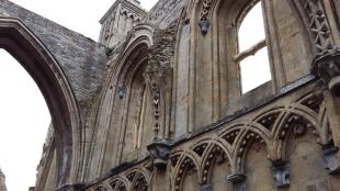 glastonbury-abbey-14