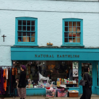 glastonbury-coloured-shops-2
