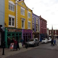 glastonbury-coloured-shops