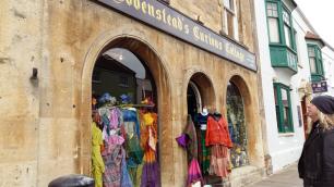 glastonbury-shop