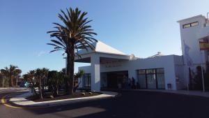 Blue Bay Lanzarote entrance