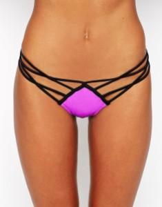 Strappy bikini bottoms