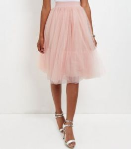 new-look-pink-tulle-skirt-carrie-fisher