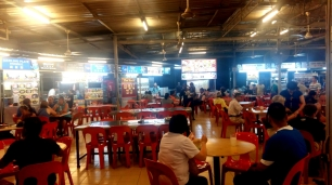 Long Beach hawker food centre Batu Ferringhi 2