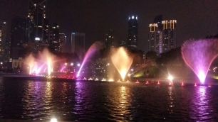 KLCC park fountains light show 4