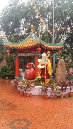 Thean Hou temple gardens 2