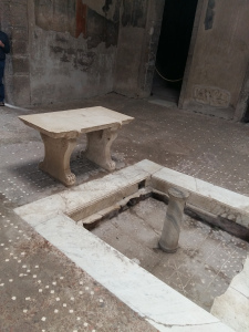 Herculaneum bench