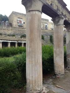Herculaneum columns 2