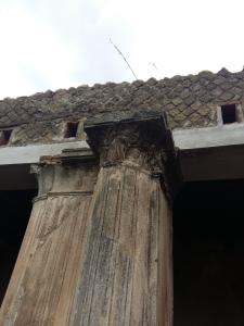 Herculaneum columns 3