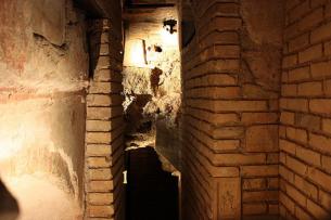 Necropolis under St Peters Basilica