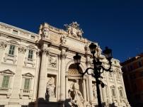 Trevi Fountain daytime