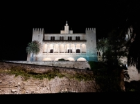 Palace de l'Almudaina Palma at night