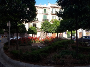 Sunny plaza in Palma