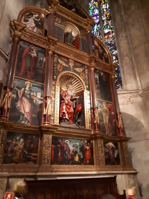 Inside Palma cathedral 11