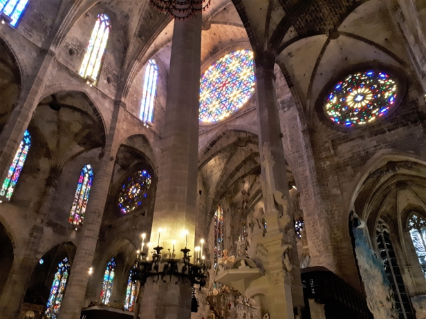 Inside Palma cathedral 7